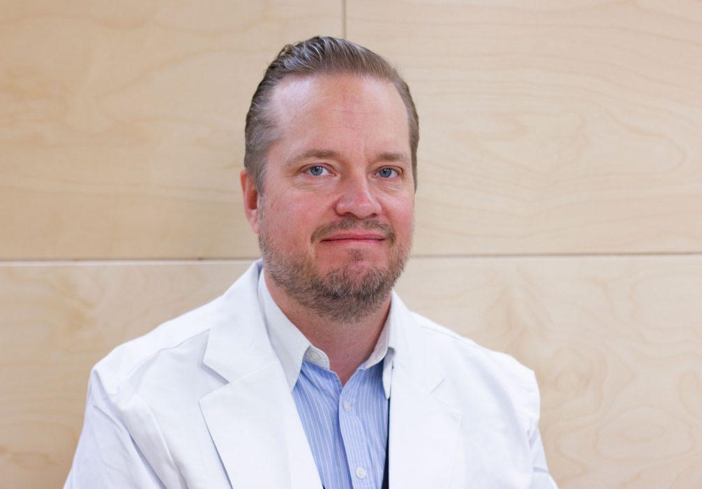 Plastiikkakirurgi Esko Veräjänkorva