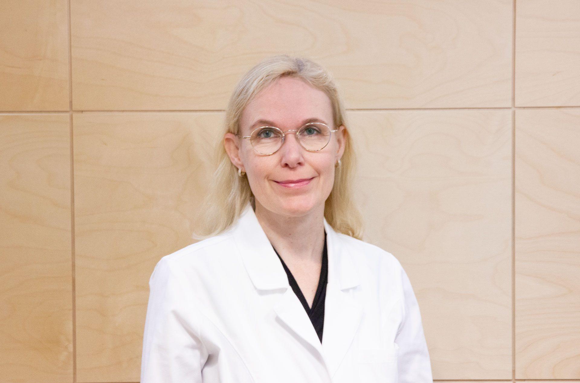 Mari Grönroos, ihotautien erikoislääkäri