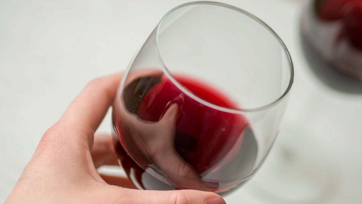 Alkoholi vaikuttaa ihoon